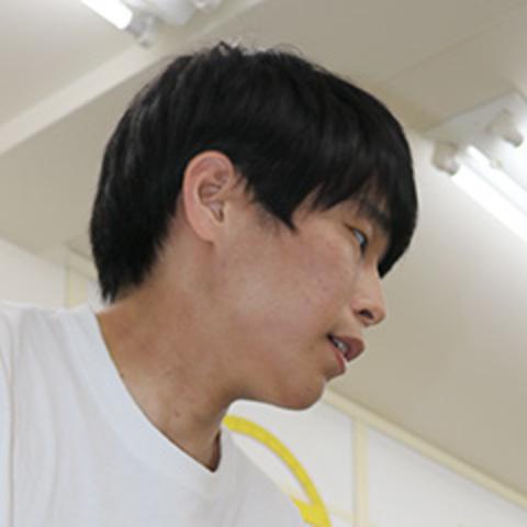 田村 陸 先生